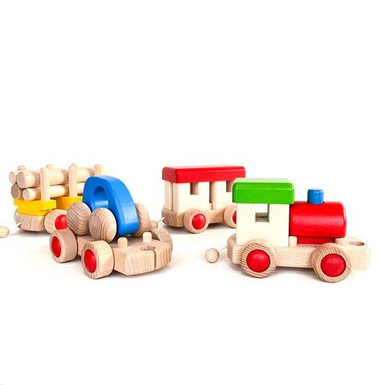 Norskeleker.no leker treleker barn miljøvennlig tog tretog